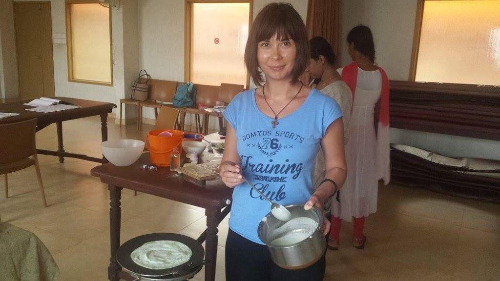Orez cu stafide, legume si mirodenii din India